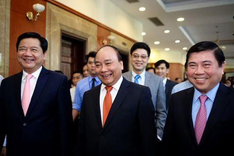 Thu tuong Chinh phu Nguyen Xuan Phuc: Dang sau nhung y tuong la tam long sau nang voi que huong! - Anh 1