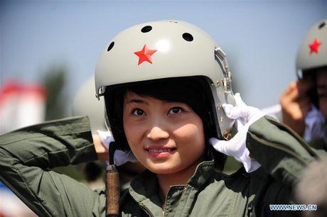 Nu phi cong chien dau co Trung Quoc tu nan - Anh 1