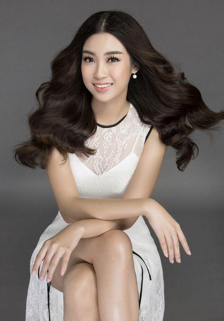 Hoa hau Do My Linh lam 'nang tho' dep tinh khoi - Anh 1