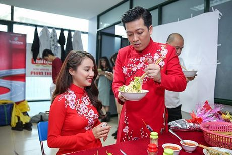 Nha Phuong khoe giong hat trong liveshow cua Truong Giang - Anh 4