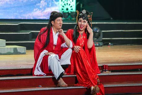 Nha Phuong khoe giong hat trong liveshow cua Truong Giang - Anh 9