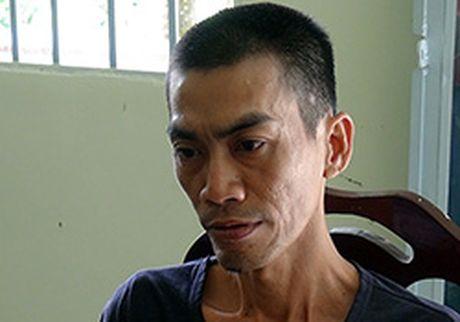 Nguoi dan ong danh chet chu no bang non bao hiem - Anh 1