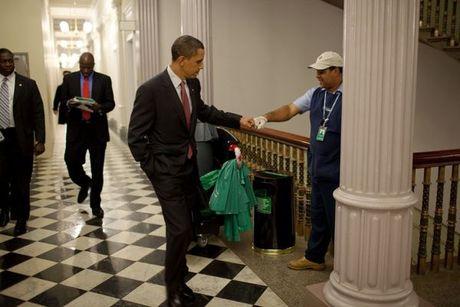 Nhin lai nhung khoanh khac an tuong cua tong thong Obama - Anh 2