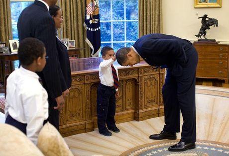 Nhin lai nhung khoanh khac an tuong cua tong thong Obama - Anh 3
