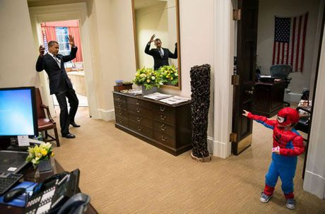 Nhin lai nhung khoanh khac an tuong cua tong thong Obama - Anh 5