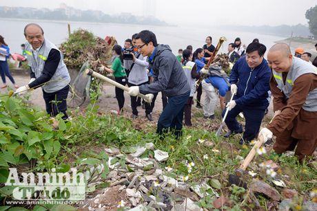 Pho Thu tuong Vu Duc Dam tham gia thu don phe thai ven ho Linh Dam - Anh 1