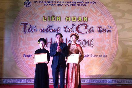 Be mac Lien hoan Tai nang tre ca tru Ha Noi 2016 - Anh 1