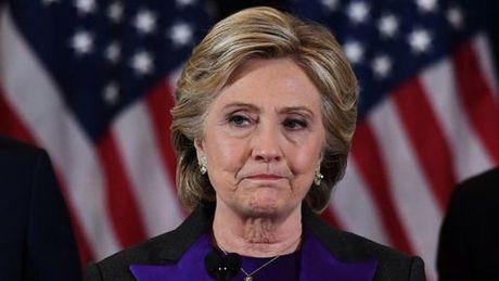 Ba Clinton: Giam doc FBI lam toi that bai trong cuoc bau cu Tong thong - Anh 1