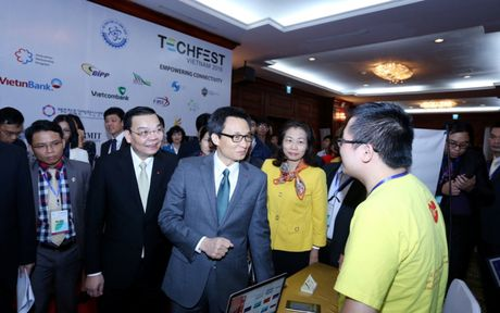 Techfest 2016: PTT Vu Duc Dam noi len tieng long cua cong dong startup - Anh 2