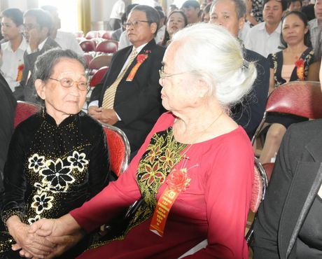 Ky niem 40 nam thanh lap truong Cao dang Giao thong van tai II - Anh 2
