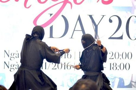Ninja Nhat Ban den Ha Noi tro tai dau kiem, nem phi tieu - Anh 5