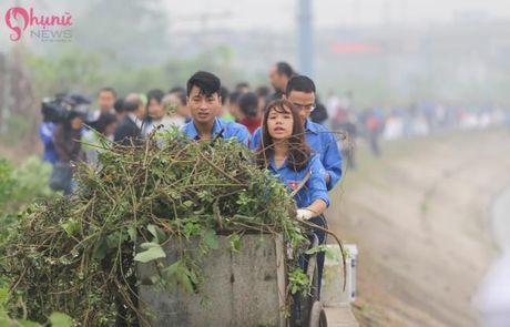 Pho Thu tuong Vu Duc Dam chung tay bao ve moi truong cung sinh vien tai Ha Noi - Anh 4