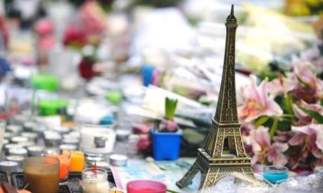 Paris 1 nam nhin lai: Khung bo van la noi khiep dam - Anh 1