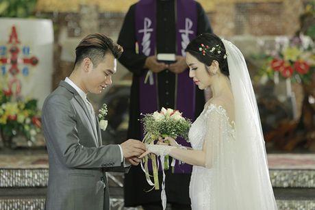 Fan ban loan vi Khac Viet bi mat ket hon voi hot girl Mi Lan - Anh 1