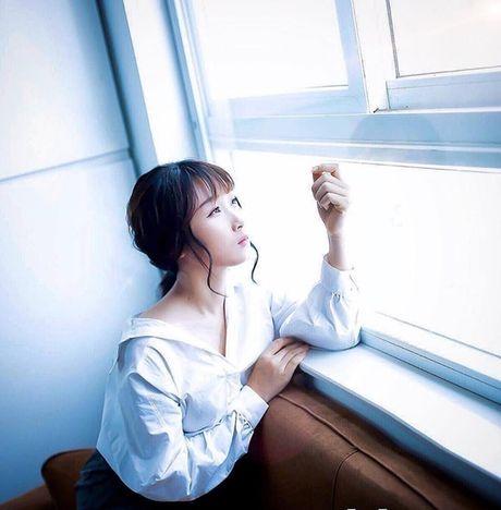'Chi dai' Suu nhi khoe hinh dien Hanbok dep long lanh nhu gai ban dia - Anh 13