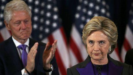 Hillary Clinton do loi FBI lam ba that bai trong cuoc bau cu - Anh 1