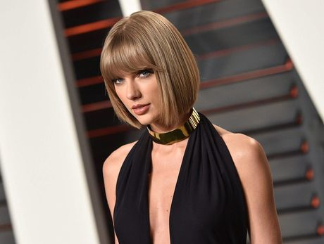 Lo anh Taylor Swift bi 'quay roi' - Anh 2
