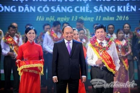 Ton vinh nhung dong gop cua HTX, nguoi nong dan - Anh 4