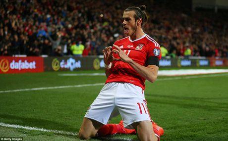 Bale ghi ban, DT xu Wales khien doi thu do mau - Anh 4