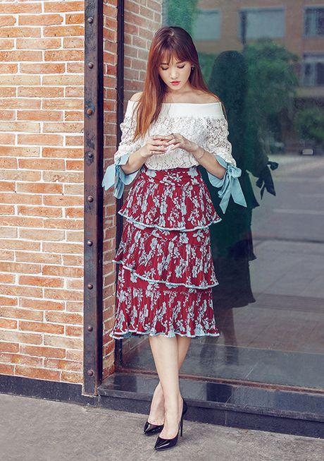 Hari Won, Toc Tien an tuong voi trang phuc doi thuong - Anh 1