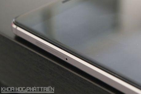 Smartphone cam bien van tay, RAM 3 GB, pin 'khung', gia gan 3 trieu - Anh 15