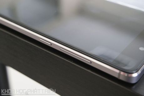 Smartphone cam bien van tay, RAM 3 GB, pin 'khung', gia gan 3 trieu - Anh 17