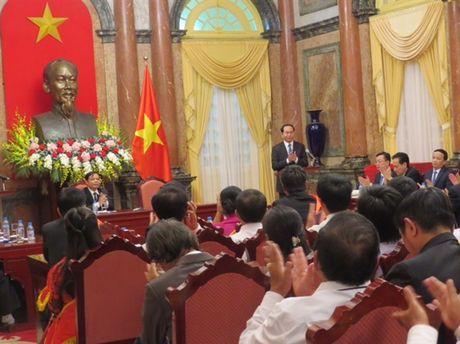 Chu tich nuoc Tran Dai Quang tran trong va cam phuc nhung cong hien cua nguoi nong dan - Anh 4
