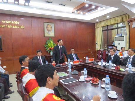 Chu tich nuoc Tran Dai Quang tran trong va cam phuc nhung cong hien cua nguoi nong dan - Anh 5
