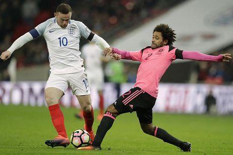 QUAN DIEM: Wayne Rooney chua thuc su het thoi - Anh 3