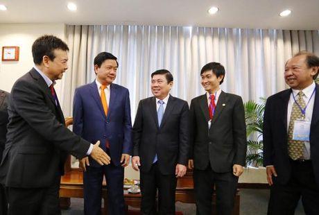 Bi thu Dinh La Thang: Kieu bao la 'ngan hang y tuong' quy gia ma Thanh pho luon can - Anh 2