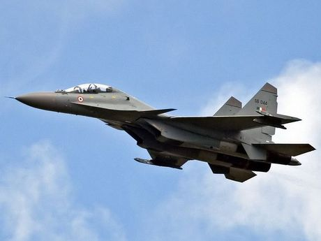 Khong quan Algeria se tiep nhan 14 chien dau co Su-30MKI cua Nga - Anh 1