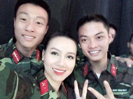 3 MC cua 'Chung toi la chien si' toan my nhan xinh dep - Anh 11