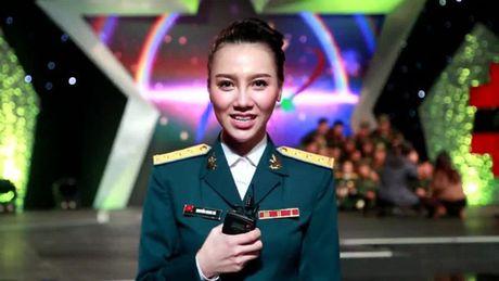3 MC cua 'Chung toi la chien si' toan my nhan xinh dep - Anh 12