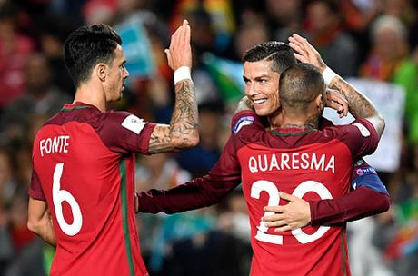 Clip Ronaldo lap cu dup, Bo Dao Nha dai thang Latvia - Anh 1