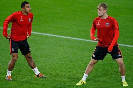 Diem tin toi 14/11: Inter manh tay rut ruot M.U; Donald Trump muon tram Wenger - Anh 1