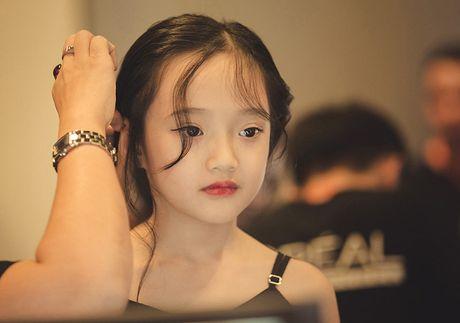 Ve dep hut hon cua em be 7 tuoi co biet danh la 'tieu Chau Tan' - Anh 3