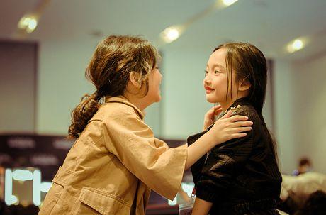 Ve dep hut hon cua em be 7 tuoi co biet danh la 'tieu Chau Tan' - Anh 5