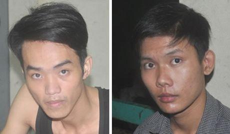 Truy nong 2 doi tuong cuop tai san - Anh 1