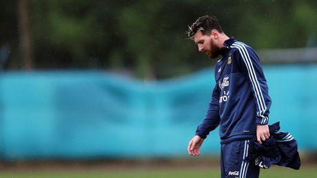 Messi tu choi gia han hop dong voi Barcelona - Anh 1