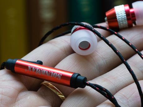 Can canh tai nghe Soundmax AH-306s - Anh 4