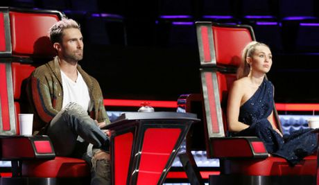 Adam Levine sap chia tay The Voice My vi Miley Cyrus? - Anh 1
