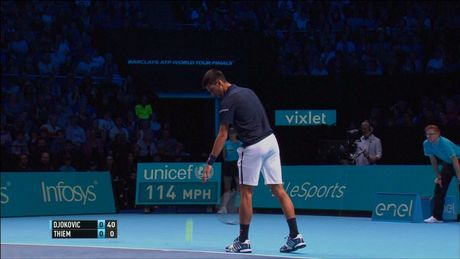 Xem Djokovic va Raonic thang luot mo man ATP Finals - Anh 4