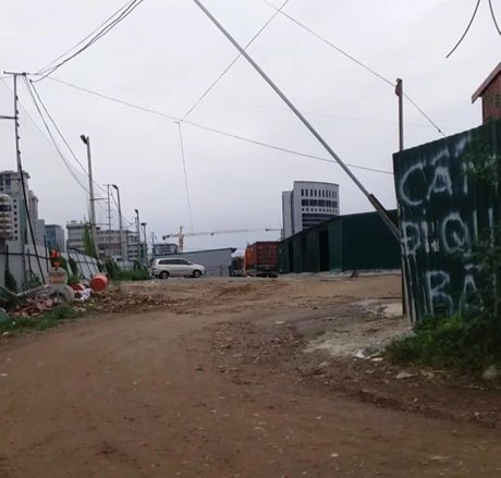 Cau Giay, Ha Noi: Ho bien dat quy hoach truong hoc thanh kho bai de truc loi - Anh 1
