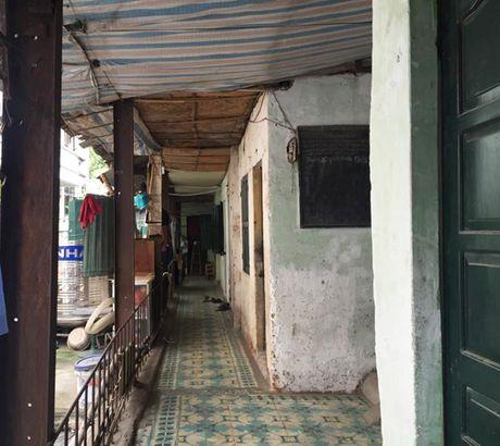 Ha Noi: Khu tap the Vien 108 xuong cap nghiem trong - Anh 1