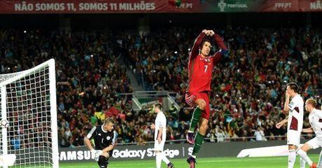 VL World Cup 2018: Ronaldo da hong phat den, 'sao xit' MU thang hoa - Anh 1