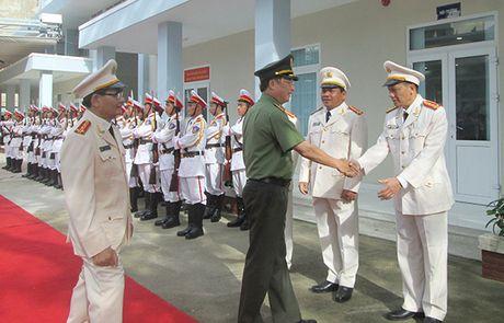 Thu truong Nguyen Van Thanh kiem tra cong tac tai Canh sat PCCC tinh Khanh Hoa - Anh 2