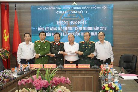 Cum thi dua so 11 TP Ha Noi tong ket cong tac thi dua khen thuong - Anh 2