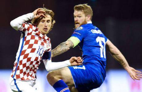 Derby Madrid: Modric san sang, Griezmann kip binh phuc - Anh 1
