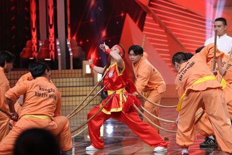 Ngo Kien Huy khoc rong vi bi Tran Thanh, Chi Tai 'de dau cuoi co' - Anh 8