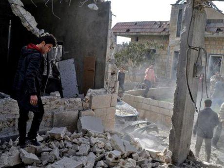 No lon o Aleppo, Syria, hang chuc nguoi thuong vong - Anh 1